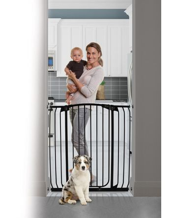 CHELSEA XTRA-TALL & XTRA- WIDE HALLWAY AUTO-CLOSE SECURITY GATE - BLACK